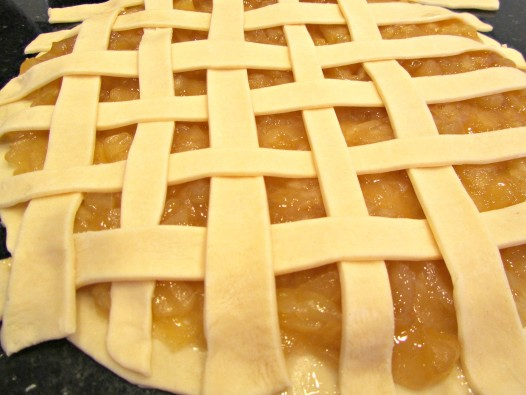 lattice top to butterscotch apple pie cookies